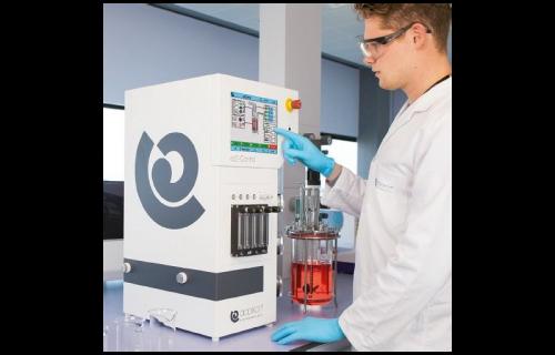 Controlador de bioprocesos EZ2 Control